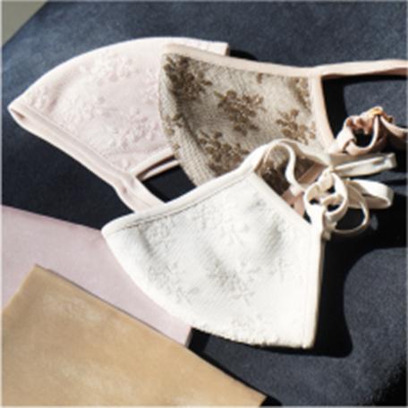LilyBrown ORIGINAL MASK パーソナルカラーで選べる4色マスクと、椿オイル配合のレースマスク